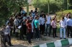تجمع  در اعتراض به تخلف در آزمون استخدامی نفت در اهواز