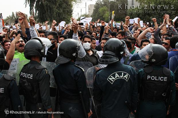 استاندار خوزستان تهدید کرد/ تجمع اهواز