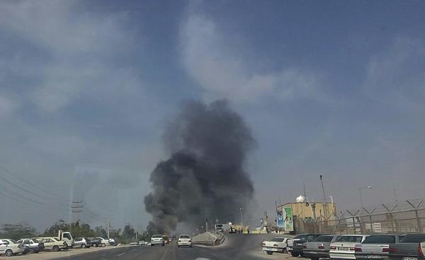 آتش سوزی عمدی فاز ۱۷ و ۱۸ پارس جنوبی، در اعتراض به بدهی معوقه